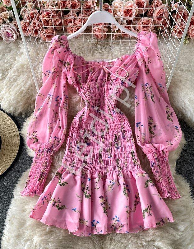 Landrynkowo różowa sukienka letnia w kwiaty 1133 - Lejdi