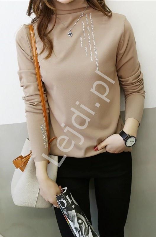 Lekka bluzka z golfem w kolorze kawy z mlekiem 5766 - Lejdi
