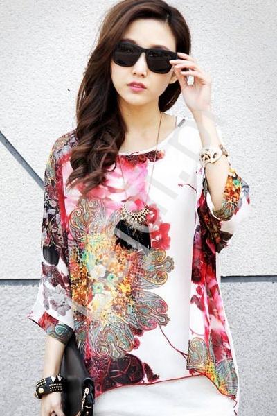 Letnia bluzka w kwiatowe wzory | bluzki damskie 207 - Lejdi