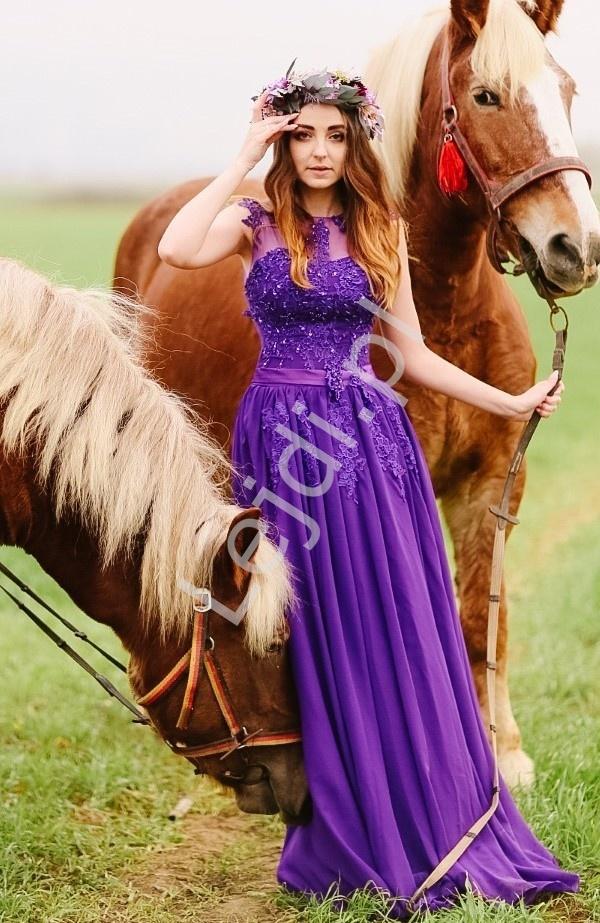 Luksusowa suknia z perełkami i koralikami, śliwka - Lejdi