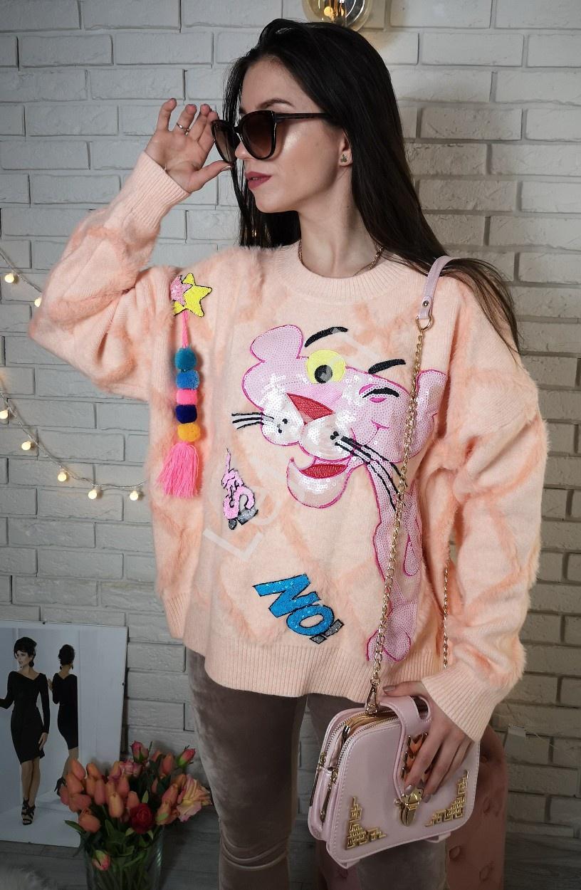 Mięciutki sweter z pomponami i cekinową różową panterą, pink panther - Lejdi