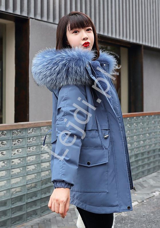 Niebieska kurtka zimowa z kapturem z futrem 9863 - Lejdi