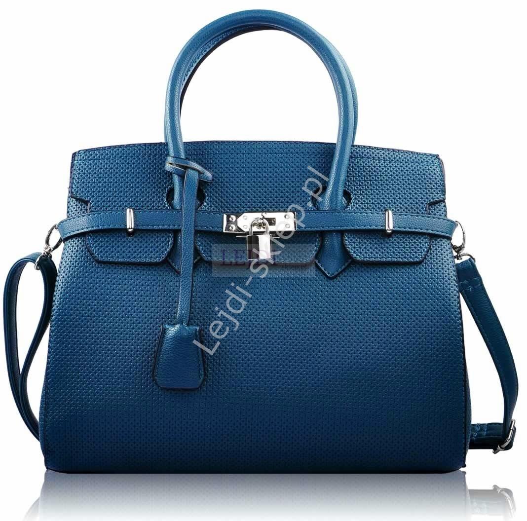 4ae0ec118128b Niebieska torebka z kłódką - torebki gwiazd - widziane w mediaż   Życie na  gorąco