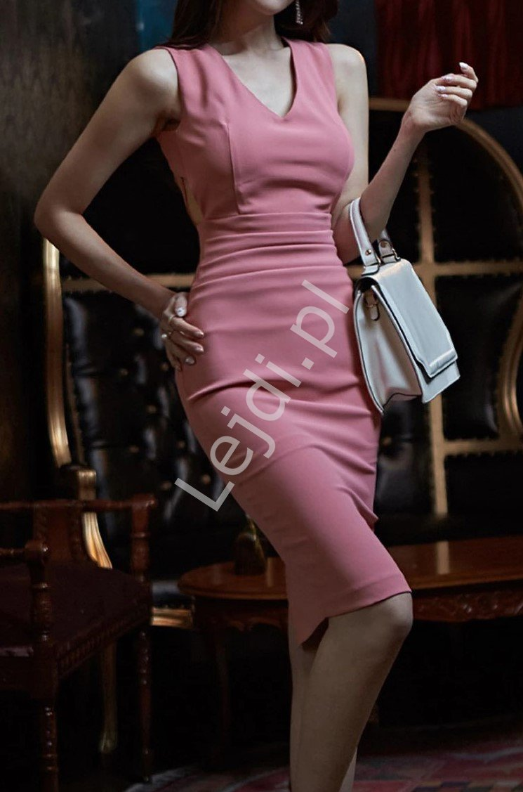 Ołówkowa sukienka z podkreślonymi plecami, pustynny róż 6305 - Lejdi