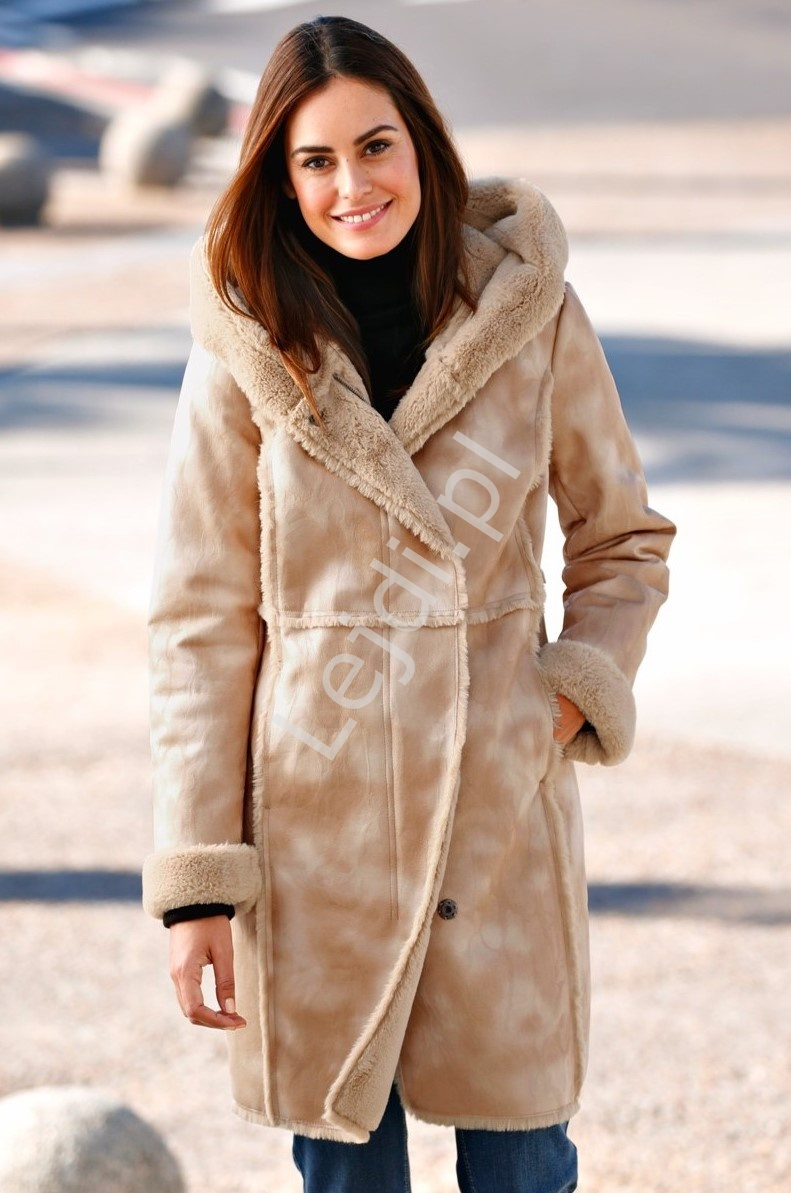 Płaszcz damski plus size z sztucznym futrem w środku, ciepły i bardzo elegancki kożuch Lura Kent - Lejdi