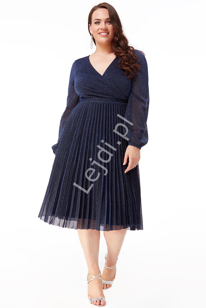 Plisowana granatowa lureksowa sukienka z mieniącymi się opiłkami Plus Size 2410P - Lejdi