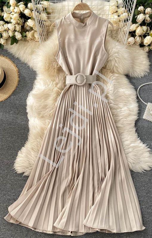 Plisowana sukienka z paskiem beżowa 41080 - Lejdi