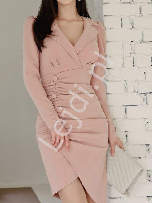 Pudrowo różowa sukienka elegancka z asymetrycznym dołem 8221