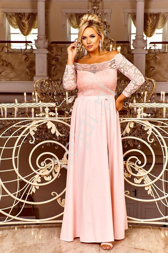 Różowo brzoskwiniowa sukienka wieczorowa z dekoltem carmen - Samanta - Lejdi