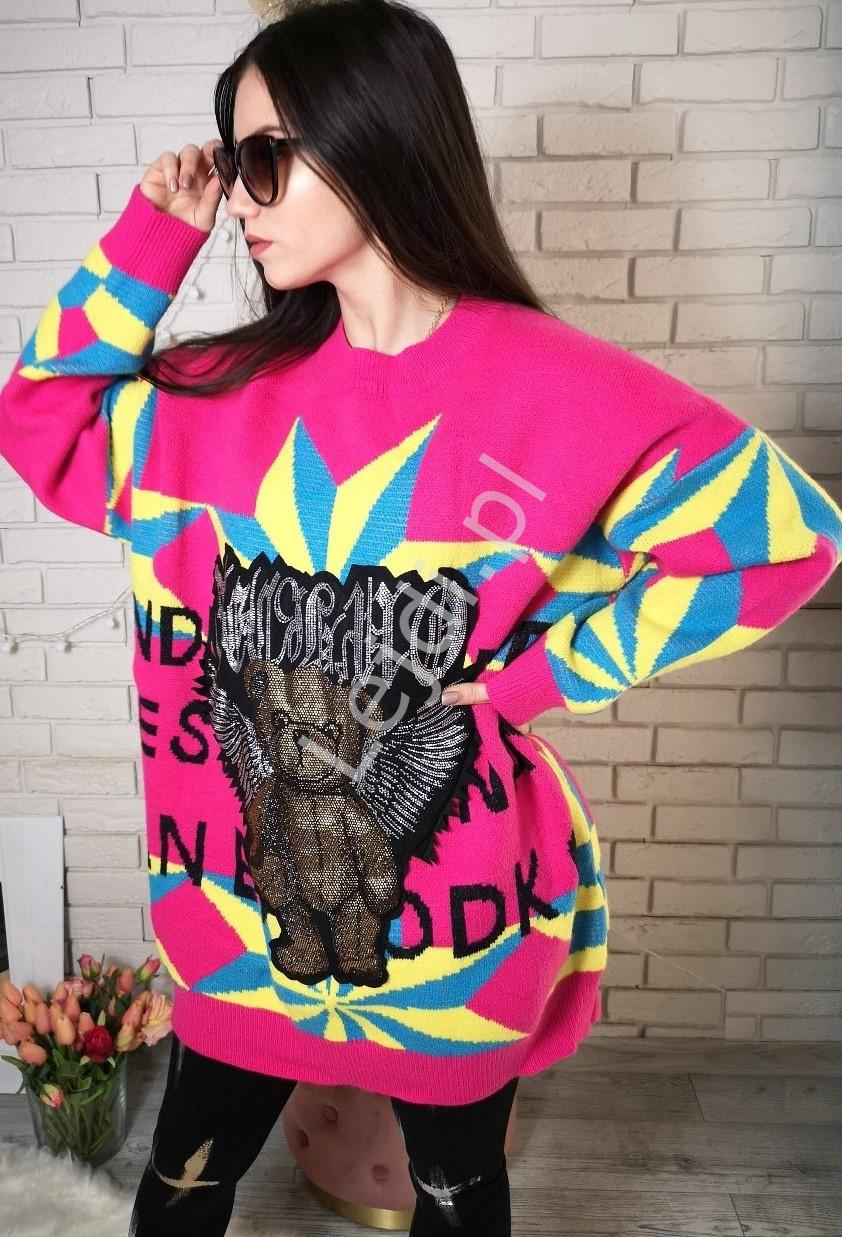 Różowy sweter z misiem kryształkowym z skrzydłami, stylowe swetry damskie - Lejdi