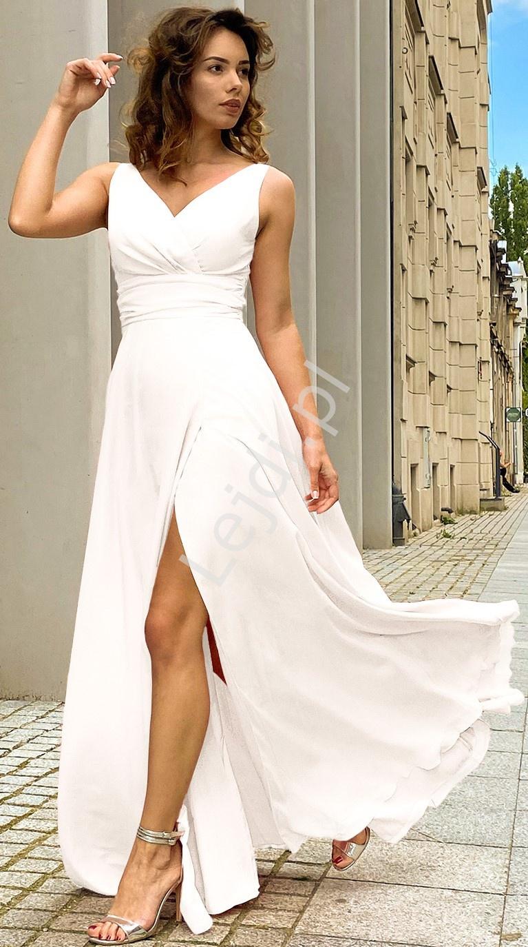 Ślubna elegancka sukienka ecru, z rozcięciem ukazującym nogę - m395 - Lejdi