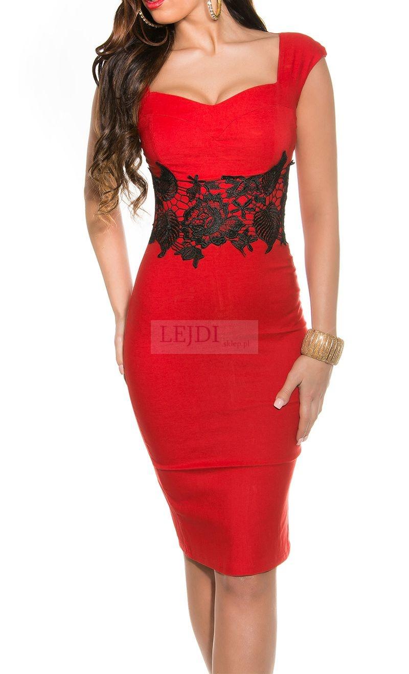 Czerwona sukienka midi z gipiurowym pasem - Lejdi
