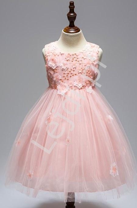 Sukienka tiulowa ozdobiona kwiatami w kolorze jasno różowym dla dziewczynek - Lejdi