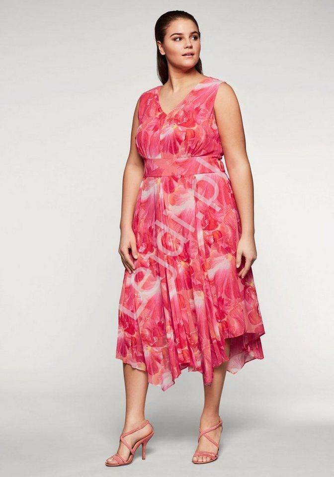 Sukienka w kwiaty ze zwiewnego szyfonu Plus Size - Lejdi