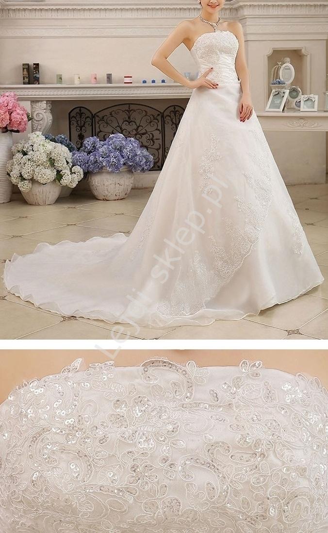 Suknia ślubna z długim trenem - Lejdi