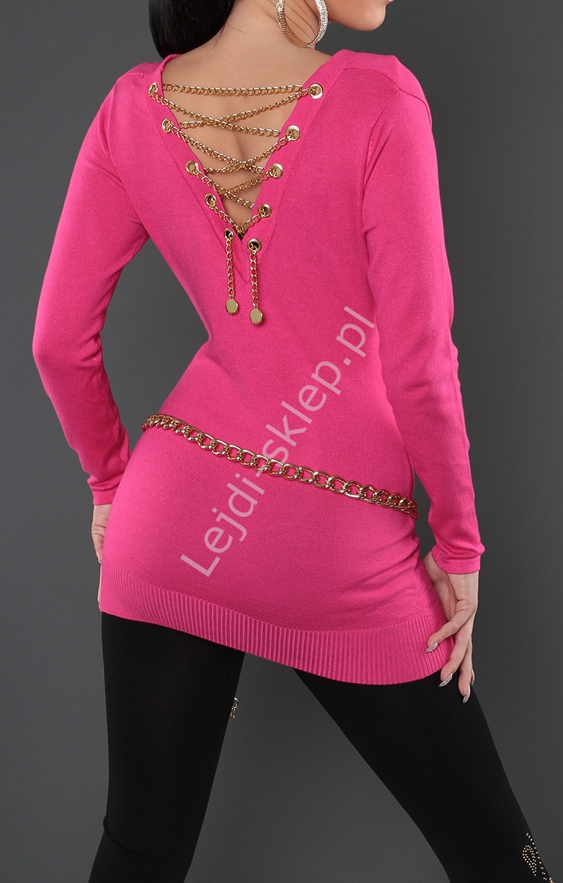 Sweter w kolorze fuksja/ tunika zdobiona złotym łańcuszkiem na plecach 3114 - Lejdi