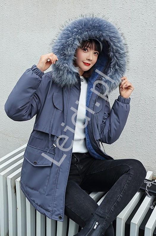 Szaroniebieska kurtka zimowa z kapturem z futrem 9863 - Lejdi