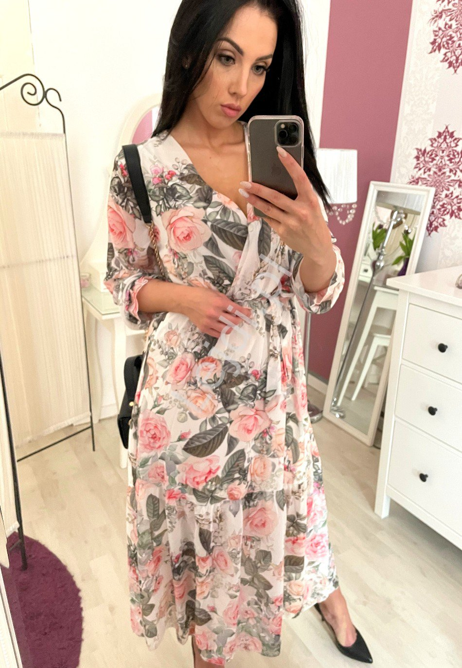 Szyfonowa sukienka w kwiaty, biała Melani - Lejdi