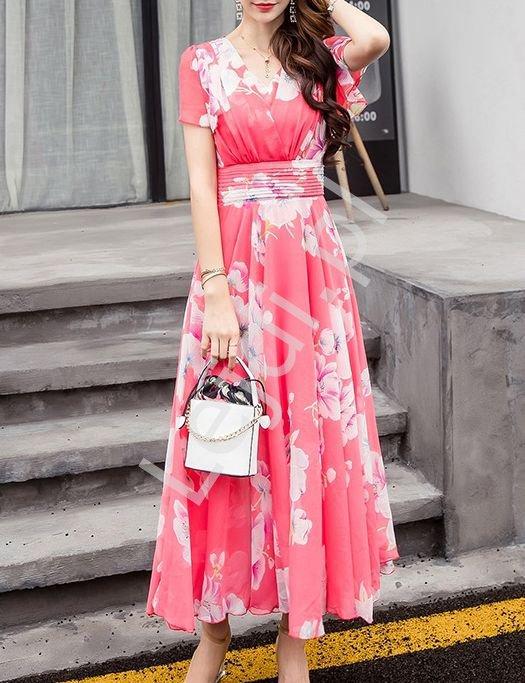 Szyfonowa sukienka w kwiaty koralowa 9641 - Lejdi