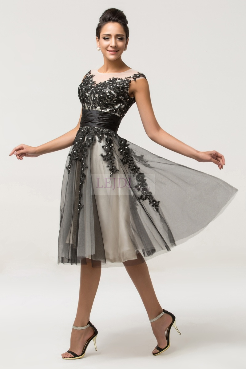 452675b74966 Tiulowa sukienka z gipiurową koronką - Lejdi.pl