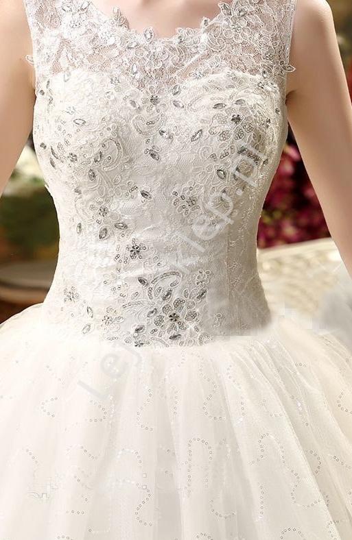 Tiulowa suknia ślubna z koronka i kryształkami| tiulowe ślubne, model 2, ostatnie sztuki - Lejdi