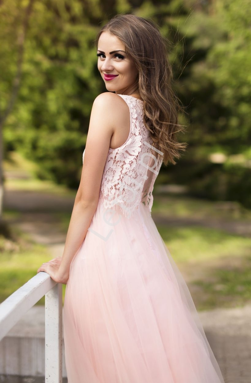 7f63503f3b Tiulowa suknia z koronkową górą imitująca bolerko z kryształkami 2118