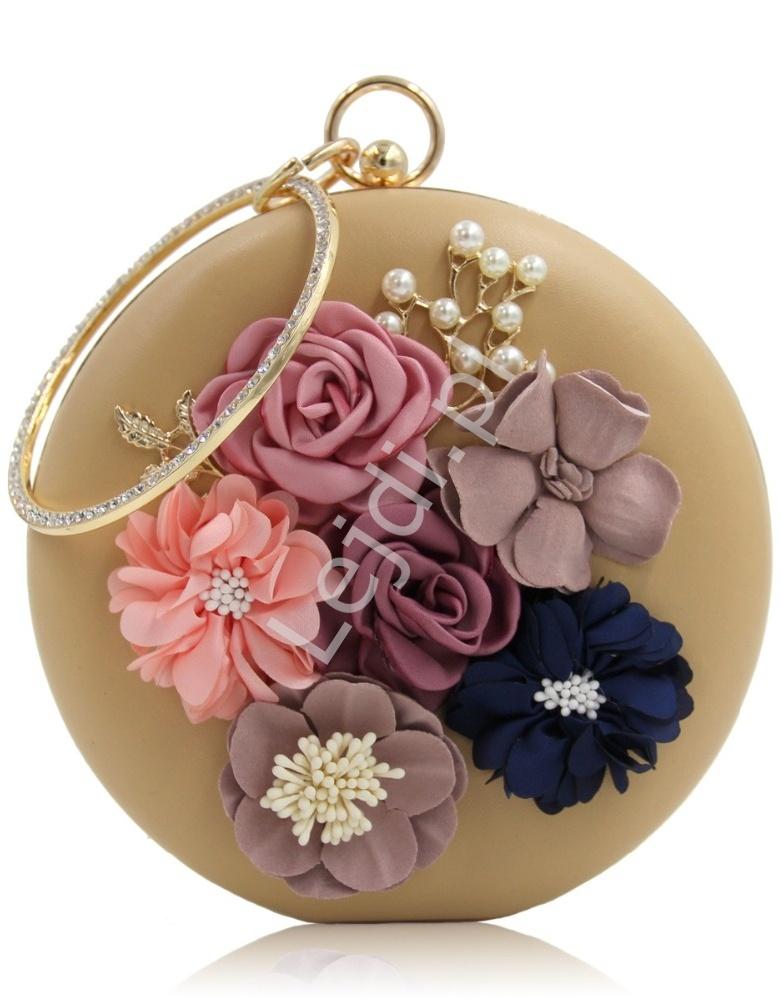 55b45e824a58f Unikatowa okrągła torebka w kolorze brzoskwiniowo beżowym z kwiatami i  koralikami 3D