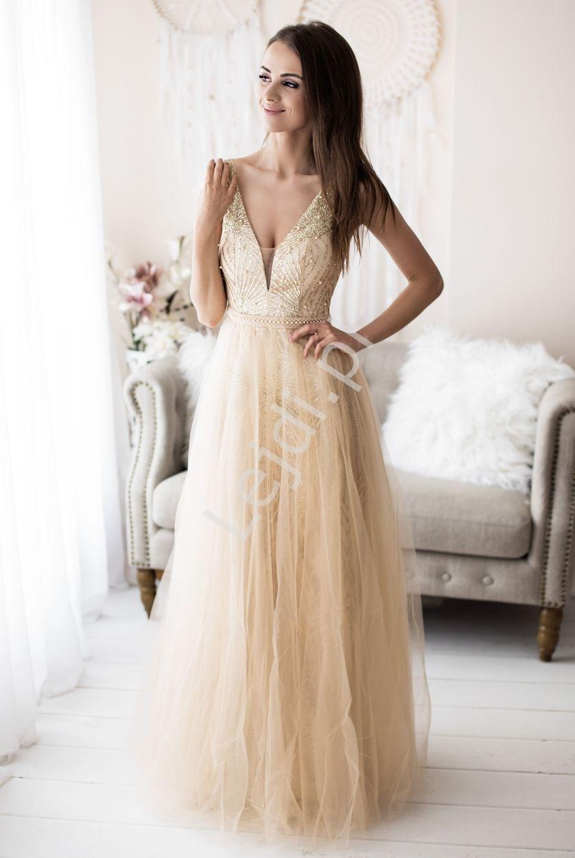 Złota suknia wieczorowa zdobiona brokatem i perełkami 2185 - Lejdi